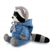 Denny the Raccoon: Knitted Season